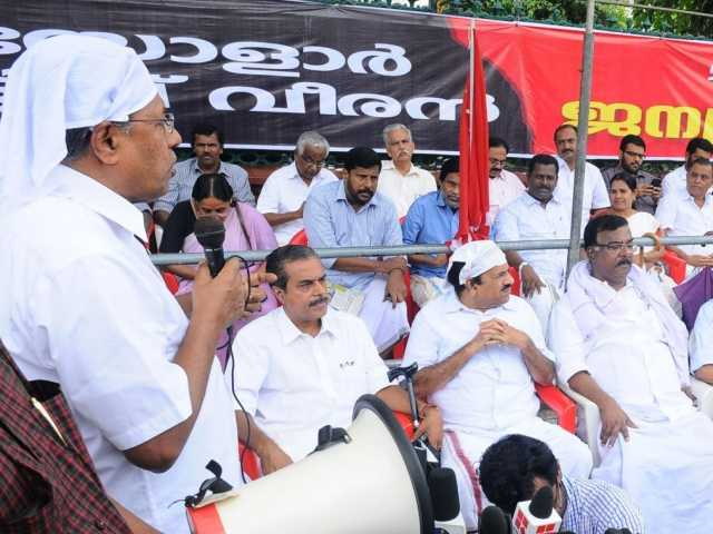 Pinarayi Vijayan Addressing the Dharna
